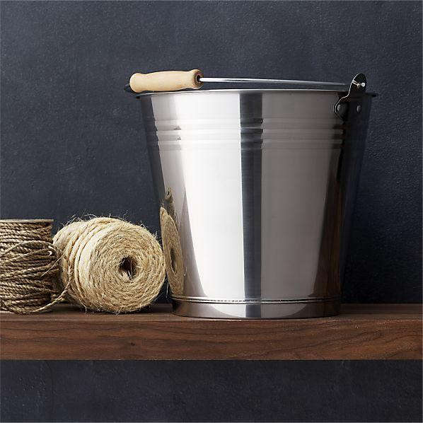 stainless-steel-bucket-with-wood-handle