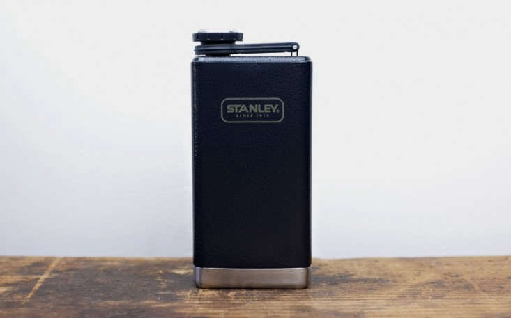 stanley-flask-remodelista-black