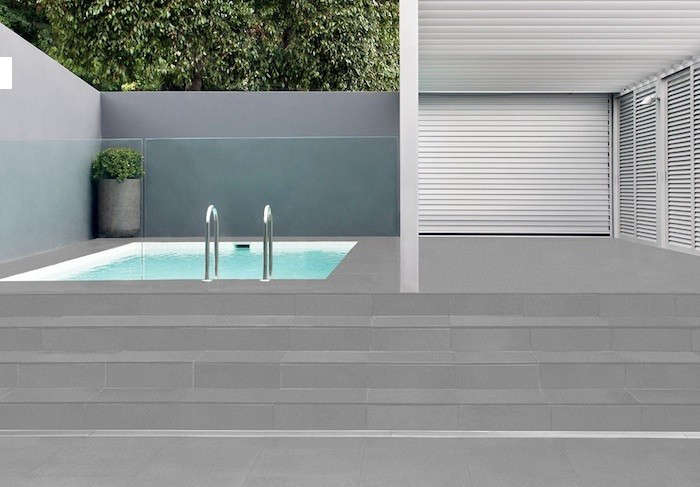 stormtech-infiniaty-pool-stair-drain