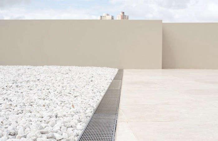 stormtech-patio-drain-gravel