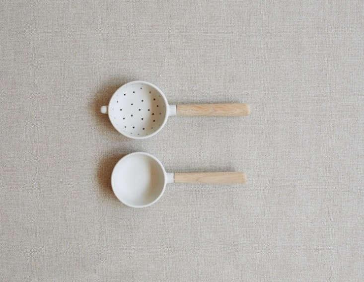 sue-pryke-tea-strainer-set