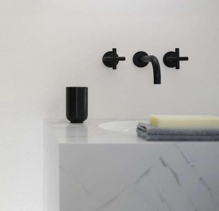 tara-dornbracht-faucet-black-remodelista