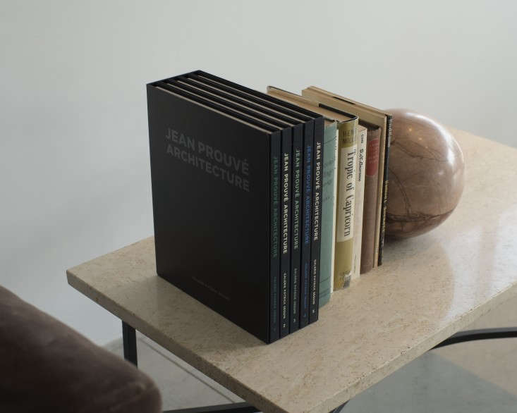 the-line-in-la-remodelista-desk-detail