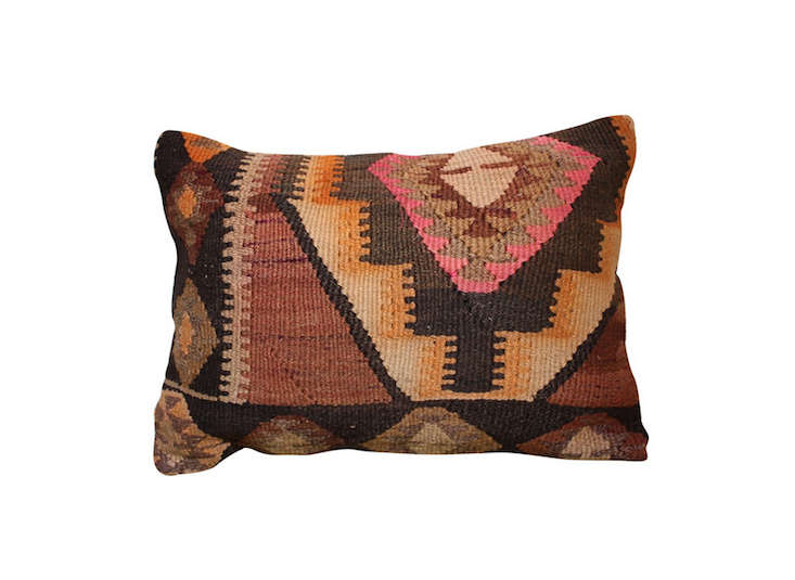 turkish-kilim-kidney-pillow-rummage-home-remodelista