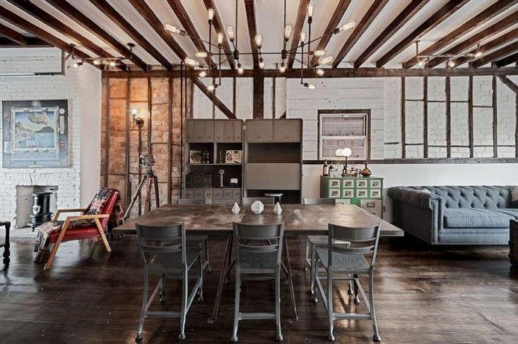 urban-cowboy-living-room-remodelista-10