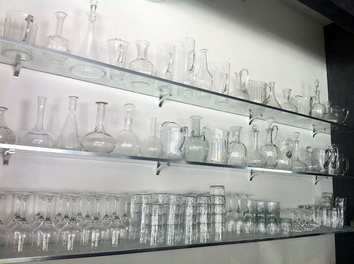 vinateria-glass-shelves-remodelista