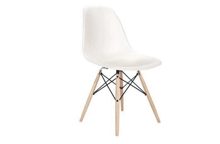 white-plastic-molded-eames-chair-dwr01-remodelista