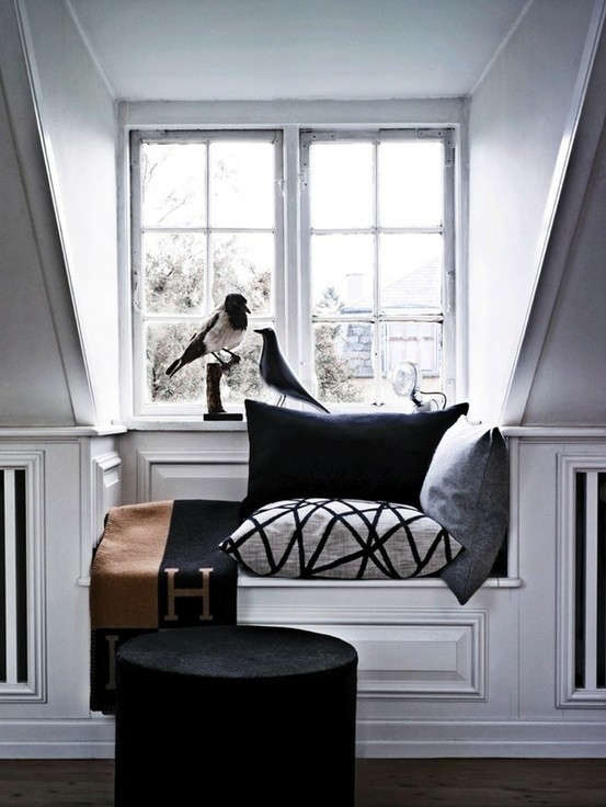 white-reading-nook-hermes-remodelista
