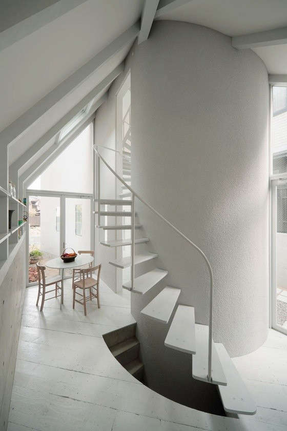 white-spiral-staircase-japanese-remodelista