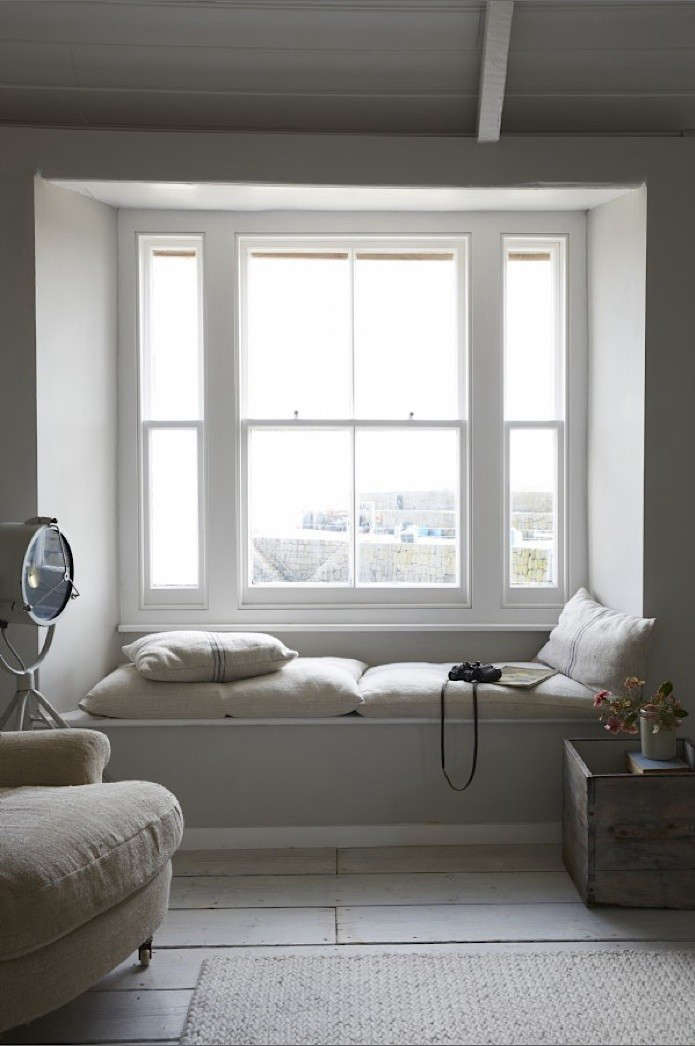 white color window seat | 10 Favorites: Built-in Reading Nooks: Remodelista