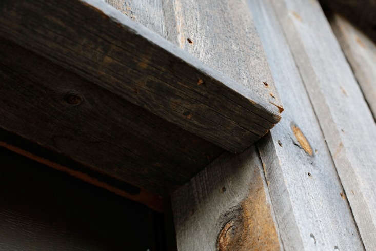 wood-clad-house-detail-saint-helena-remodelista