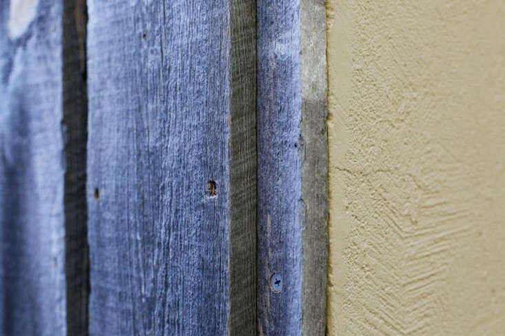 wood-clad-house-wood-siding-detail-saint-helena-remodelista