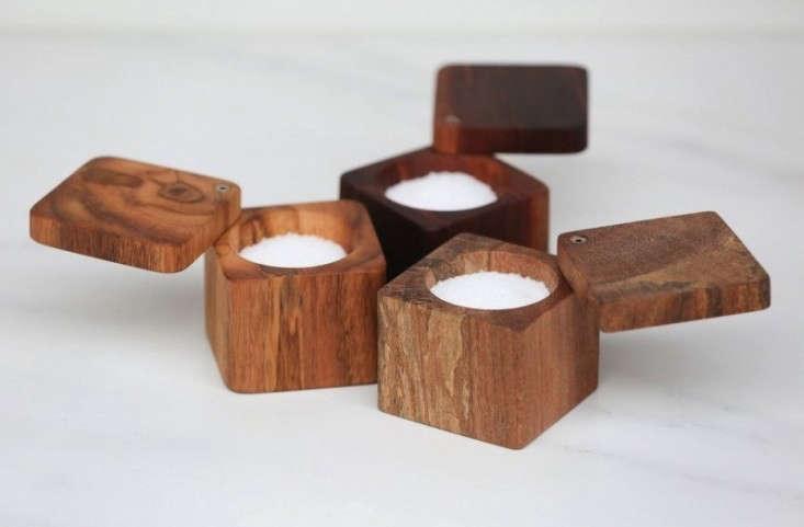 wooden-palate-salt-cellar-remodelista-20