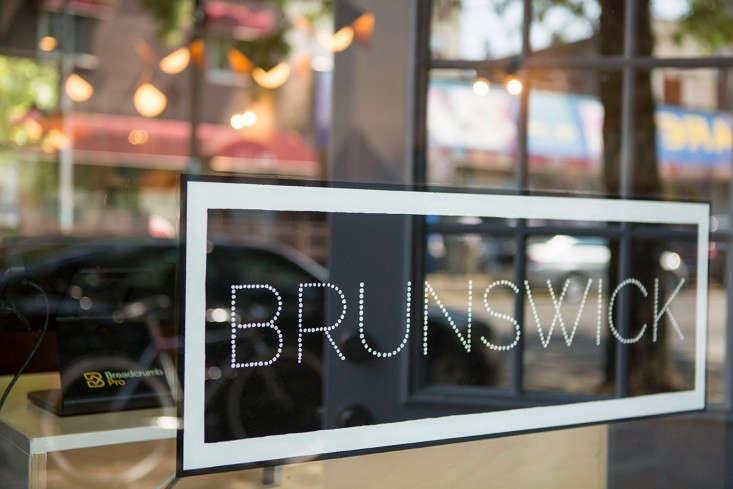 Brunswick-cafe-Bed-Stuy-Brooklyn2-Gardenista