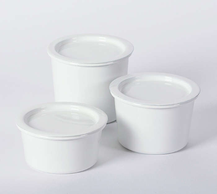 Professional Food Storage Containers Part - 18: Above: Julie Has Her Eye On Kaico Enamel Canisters From Japan. Made Of  Scratch-resistant Enameled Steel, They Have A Vacuum Seal And Range From  $45 To $55 ...