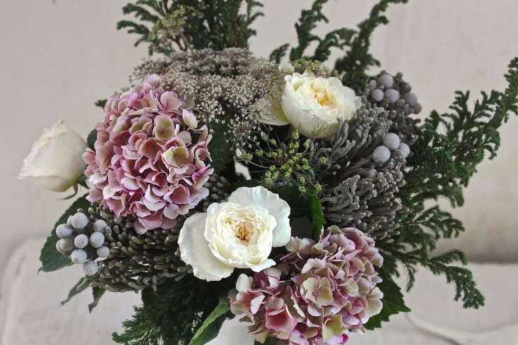 Winter%20Romance%20Bouquet%20with%20Silver%20Brunia%2C%20finished_0