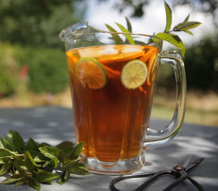 ice%20tea%20jug%20new%20crop_0