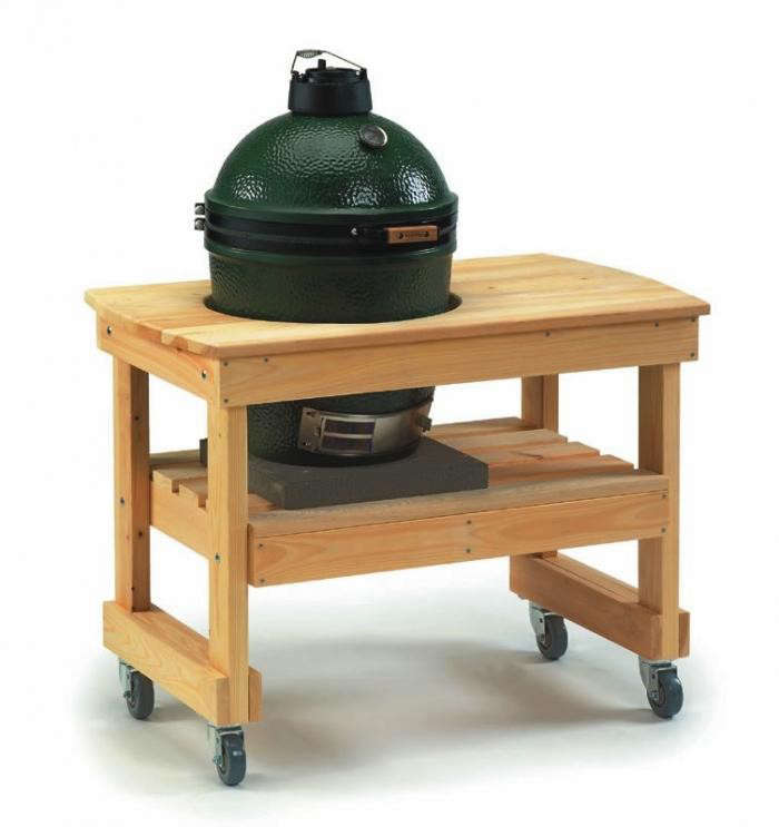 700_big-green-egg-in-cyprus-table