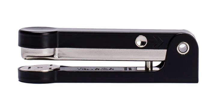 folle26-stapler-craftandcaro-Remodelista
