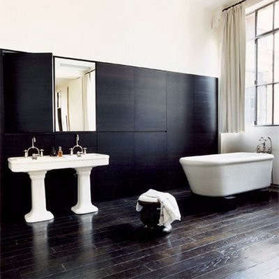 0115black_bathroom