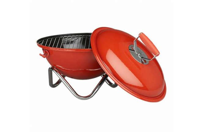 fyrkat picnic charcoal grill remodelista. Black Bedroom Furniture Sets. Home Design Ideas