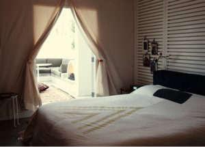 ace-hotel-bedroom-free-city-bedspread.jpg
