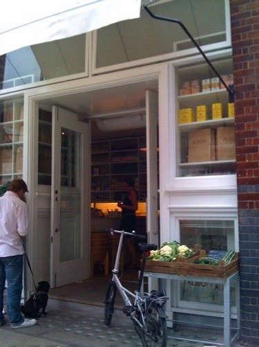 albion-caff-shop-2