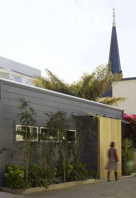 ames-cottage-front-door