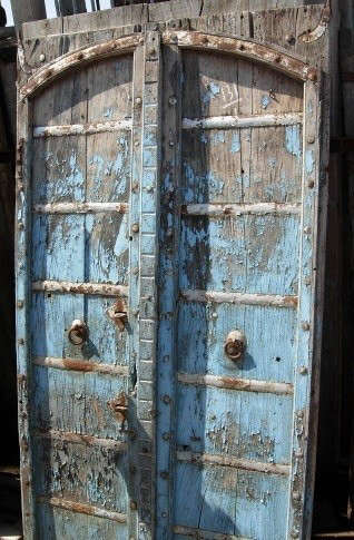 arefact-design-and-salvage-blue-door