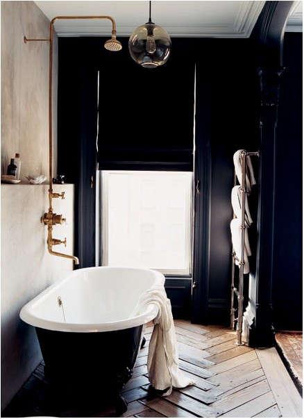 black-bath-melanie-acedevo