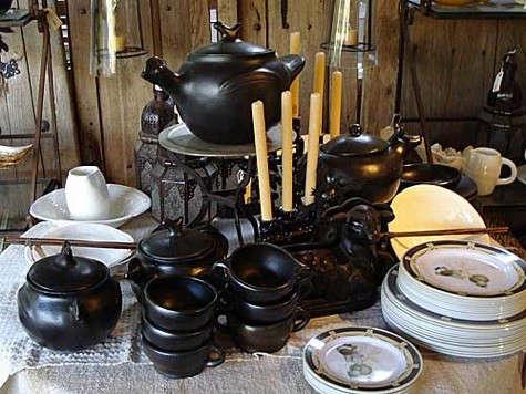 black-chamba-pottery