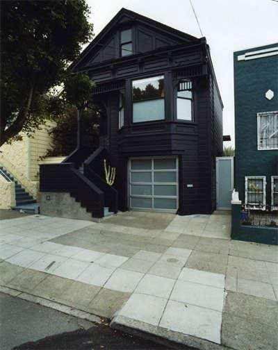 black-clipper-street-house-2