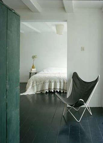 blackfloorbedroom