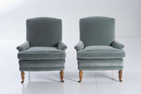blue-velvet-chairs-red-ticking-2