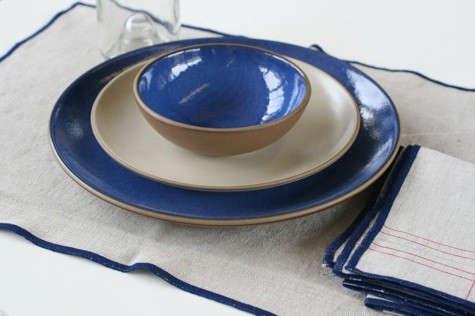blue-white-heath-tableware