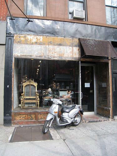 brooklyn-store-with-motorcycle