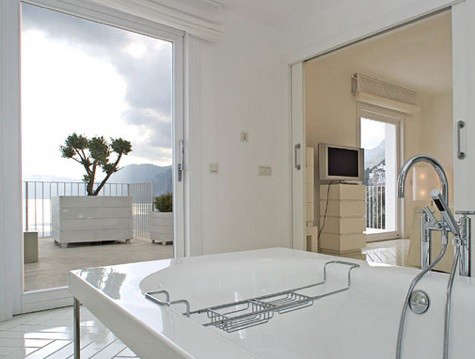 casa-angelina-bath-with-view