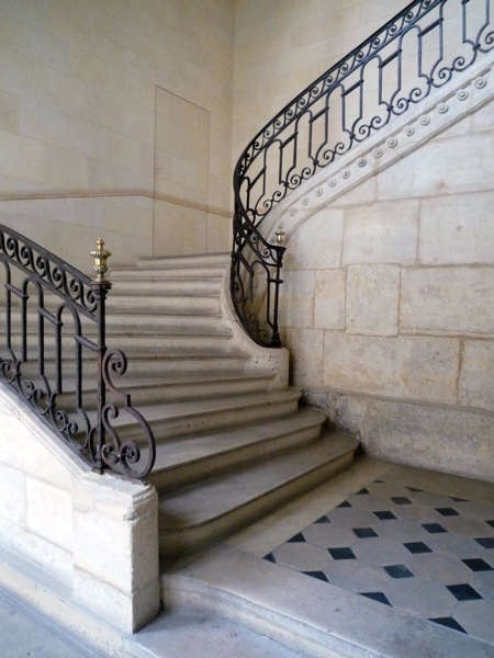 casa-midy-stairway