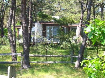 colony-cottage-exterior-woods