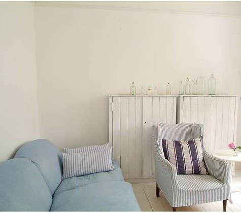 cumberbatch-living-room