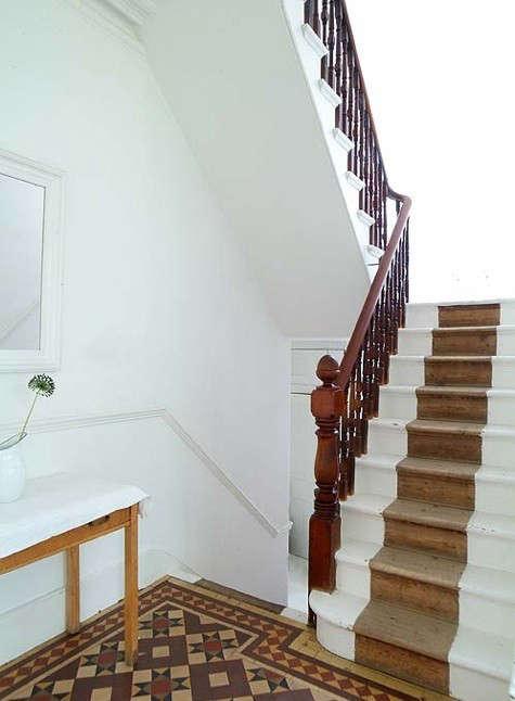 cumberbatch-stairwell
