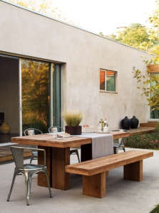 dwr-outdoor-table-and-chairs.jpg