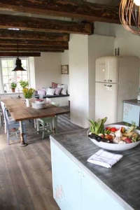 emmas-designblogg-kitchen.jpg