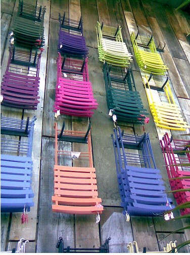 flora-grubb-colorful-chairs