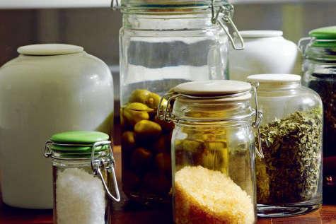 glass jars with ceramic lids_12
