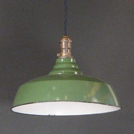 greenenamellight