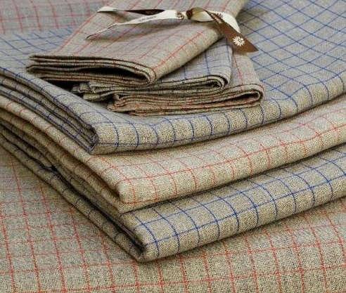 grey-linen-check-tablecloth