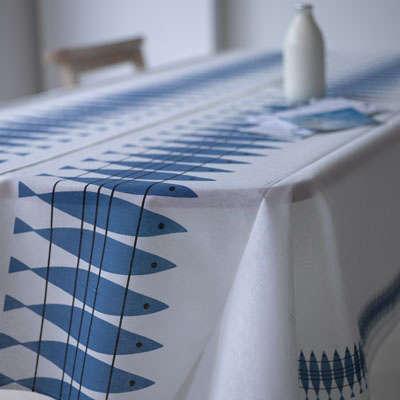 h10311_1herringtablecloth