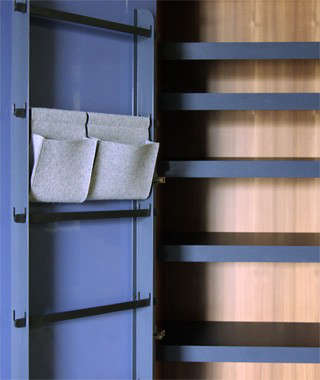 henrybuilt-wardrobe-detail-5-door-system-and-shoe-storage