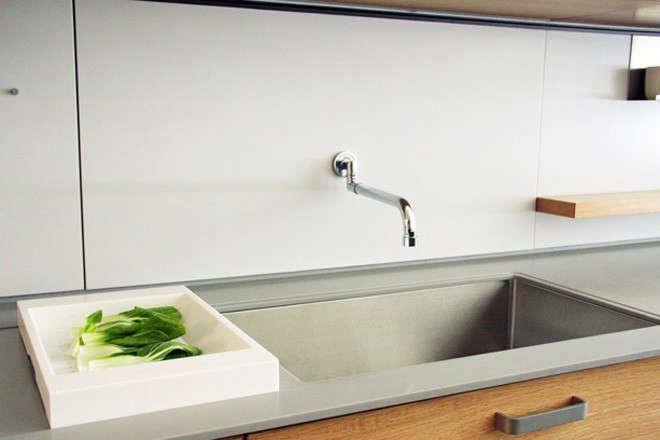 henrybuilt-wcg-colander-on-counter